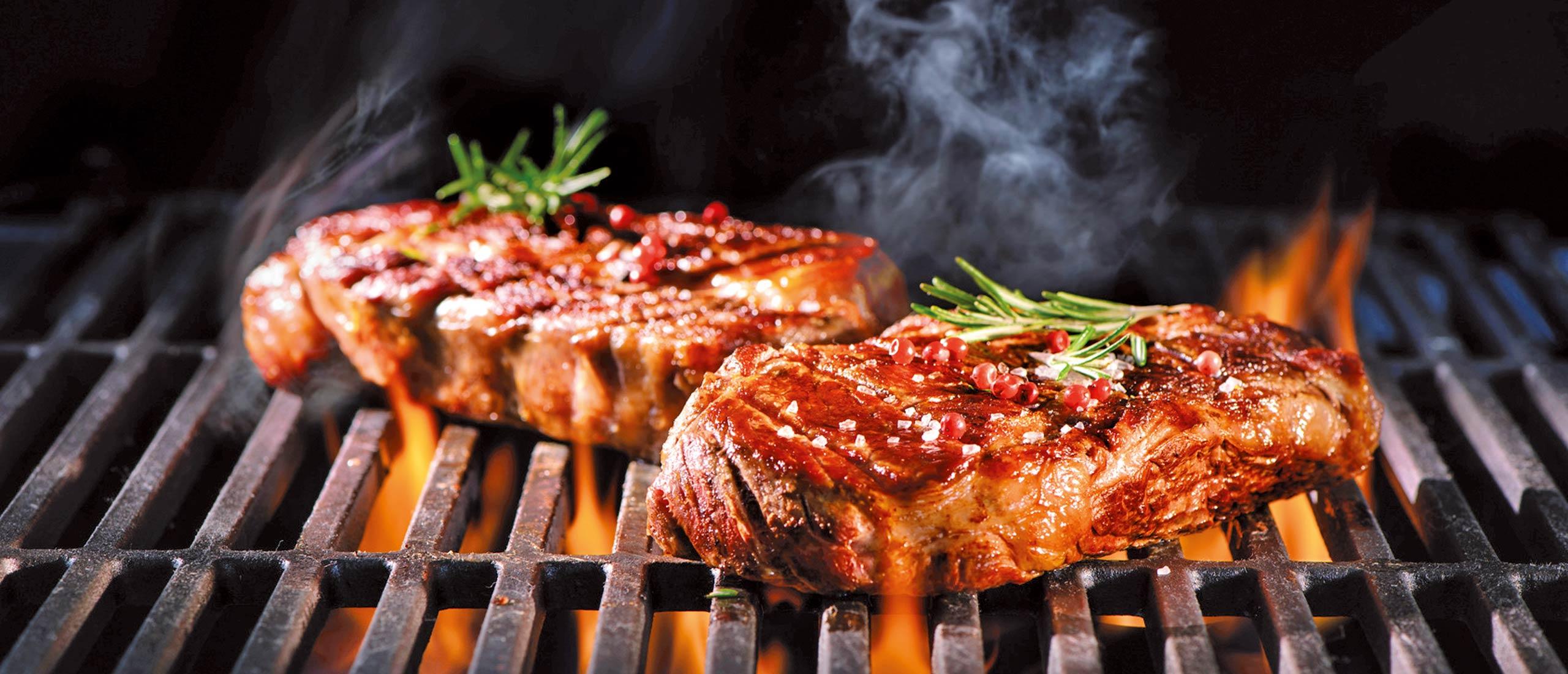 Leckere Steaks vom Grill - Fleischerei Nolzen